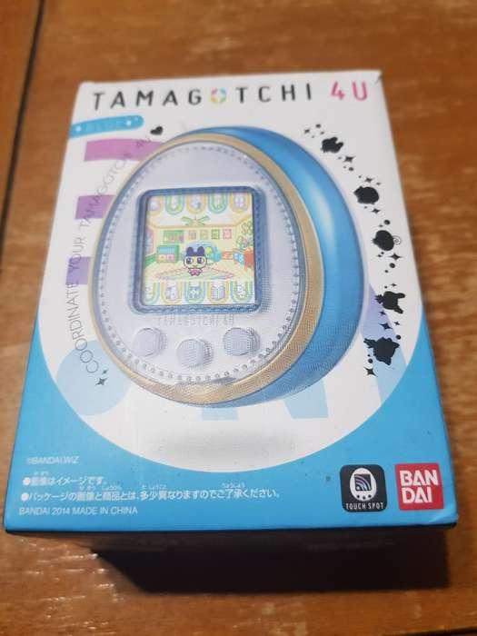 Tamagotchi 4u Completo en Caja
