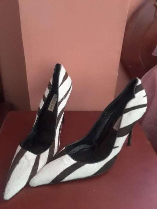 Zapatos Altos en Piel Marca Dune Nuevos