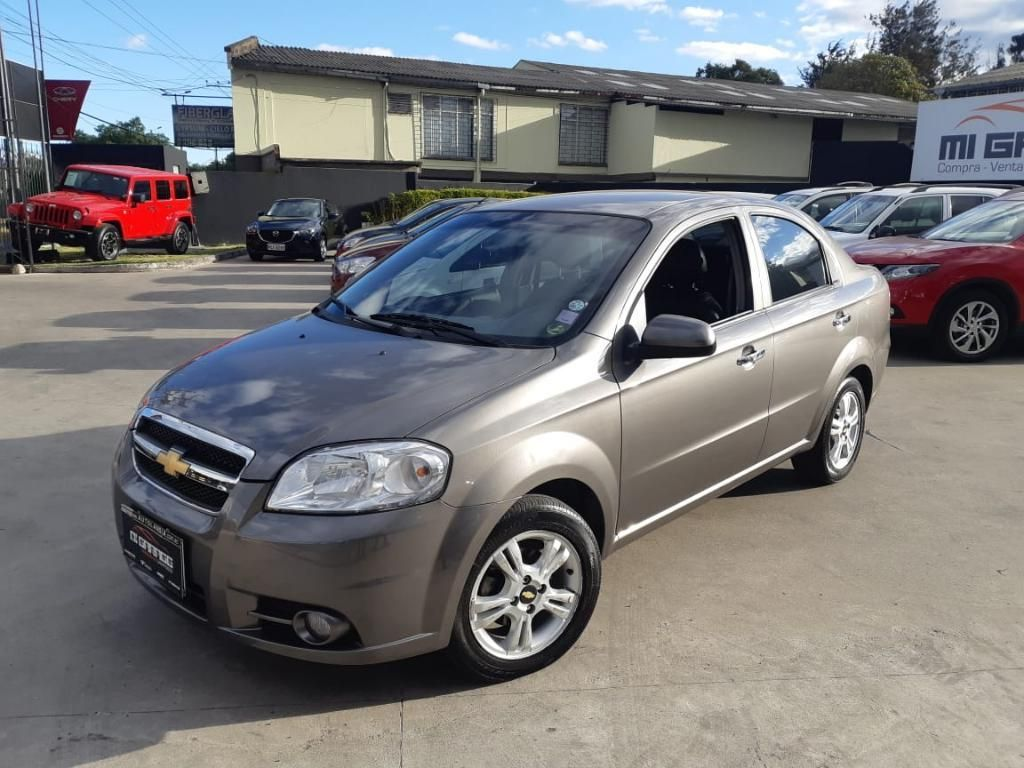 Chevrolet Aveo Emotion 2016 - Financiado
