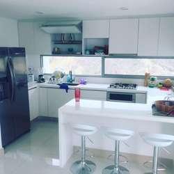 Comodo Apto. 2 habitaciones 2 baños en Playa Salguero