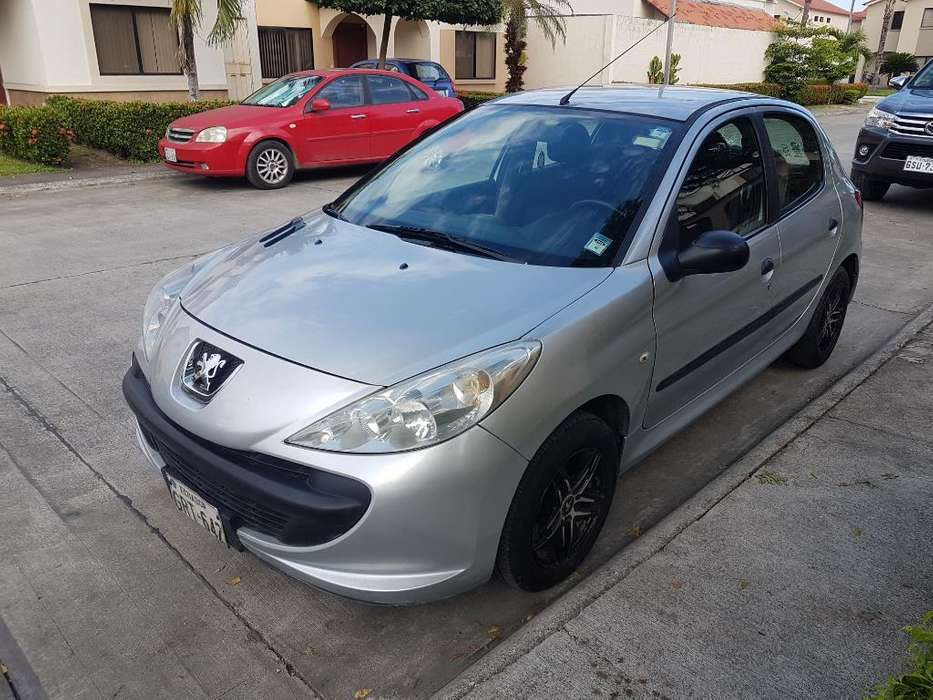 <strong>peugeot</strong> 207 2009 - 170000 km