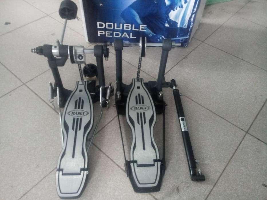 Vendo Pedal Doble Masa Mapex P500