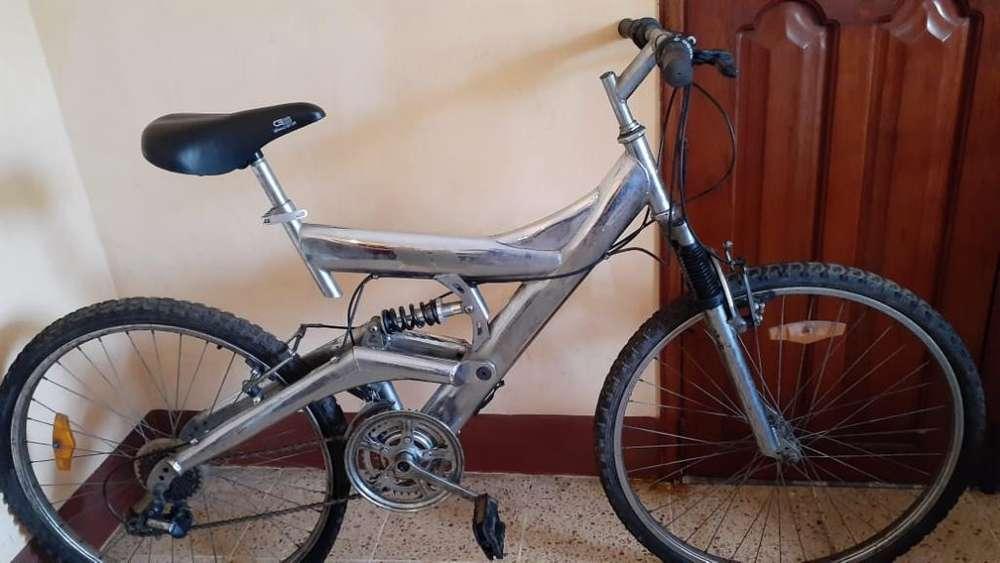 <strong>bicicleta</strong> de Montaña en Buenas Condicion