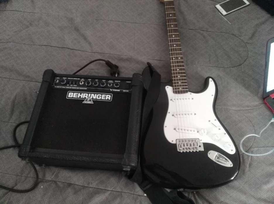 Vendo Guitarra Eléctrica Más Amplificado en muy buen estado