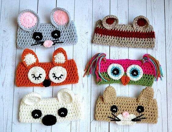 Sonajeros, gorros, cintas, almohadas, jueguetes en crochet, tejidos a mano en lana