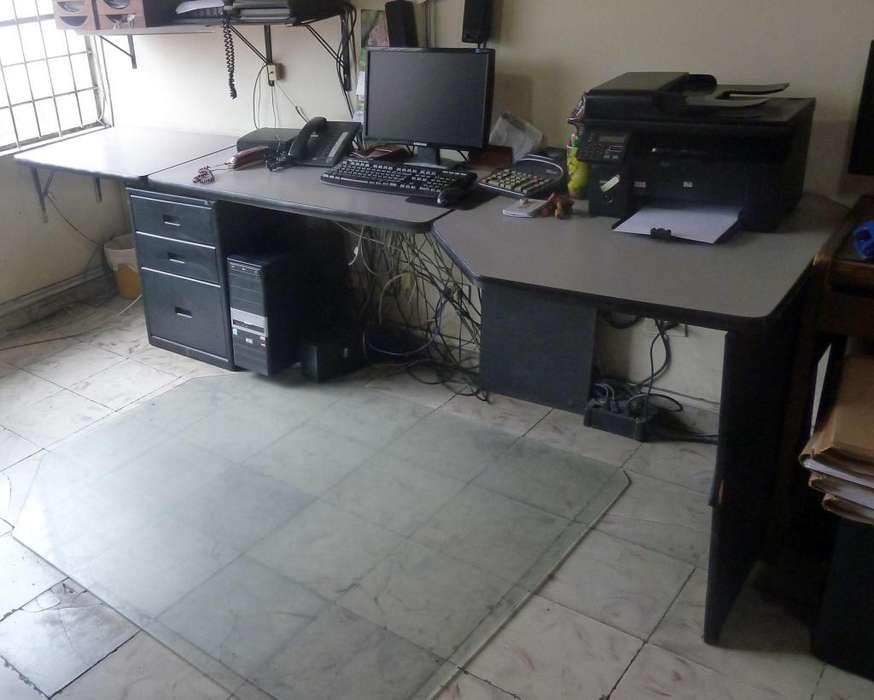 <strong>escritorio</strong> de Oficina en buen estado