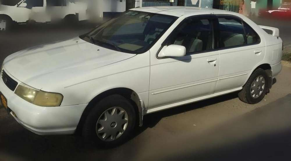Nissan Sunny  1994 - 100 km