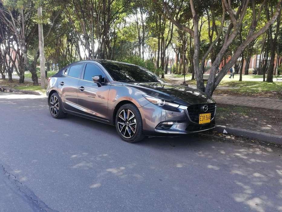 Mazda 3 2018 - 29800 km