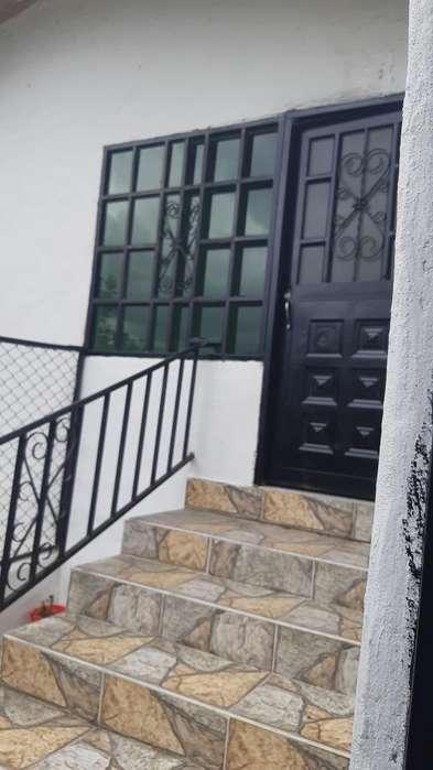 Arriendo Casa Silvania Barrio Los Puente