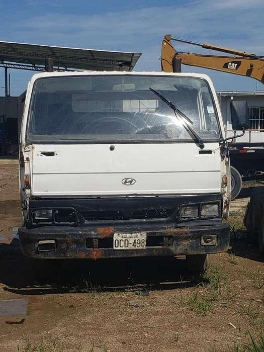 Vendo Camion Plataforma