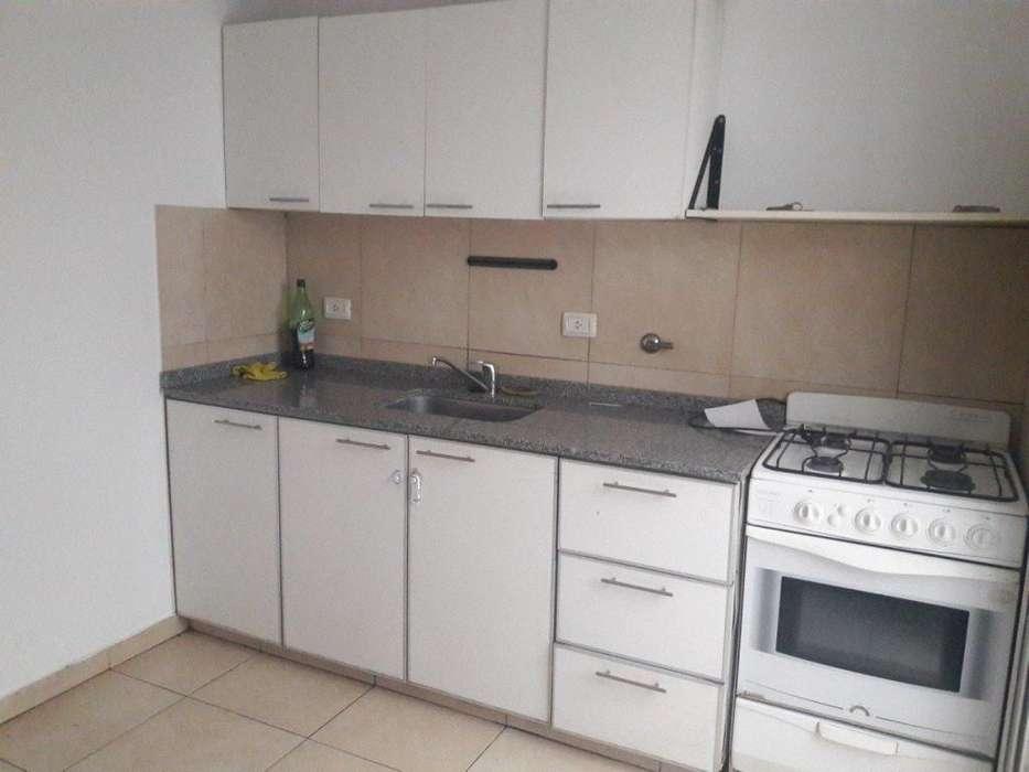 Alquilo departamento de 2 dorm barrio Gral Paz Alquilo
