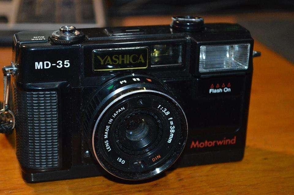 Cámara Yashica MD35 mm