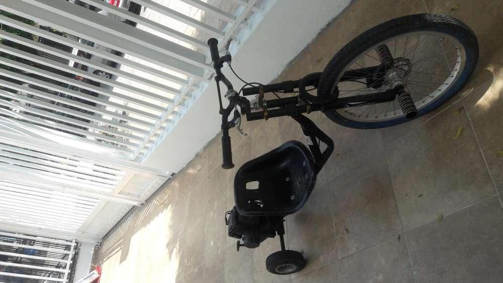 Triciclo con motor para dritf