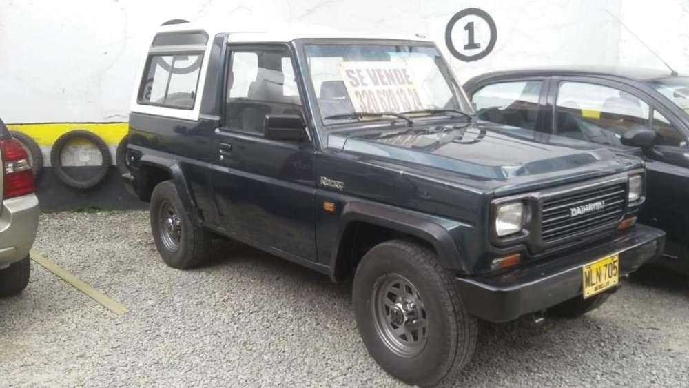 Daihatsu Rocky 1993 - 170000 km