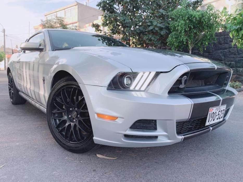 <strong>ford</strong> Mustang 2014 - 30000 km