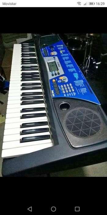 Hermoso Piano Yamaha Psr 202