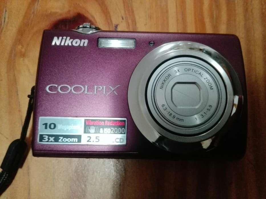 Camara Nikon Coolpix S220