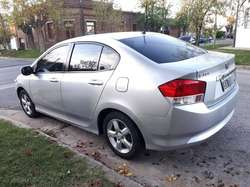 HONDA CITY LX 1.5 NAFTA 2010.