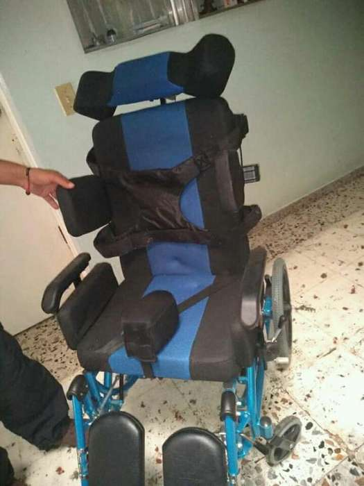 Silla de Ruedas para Paralisis Cerebral