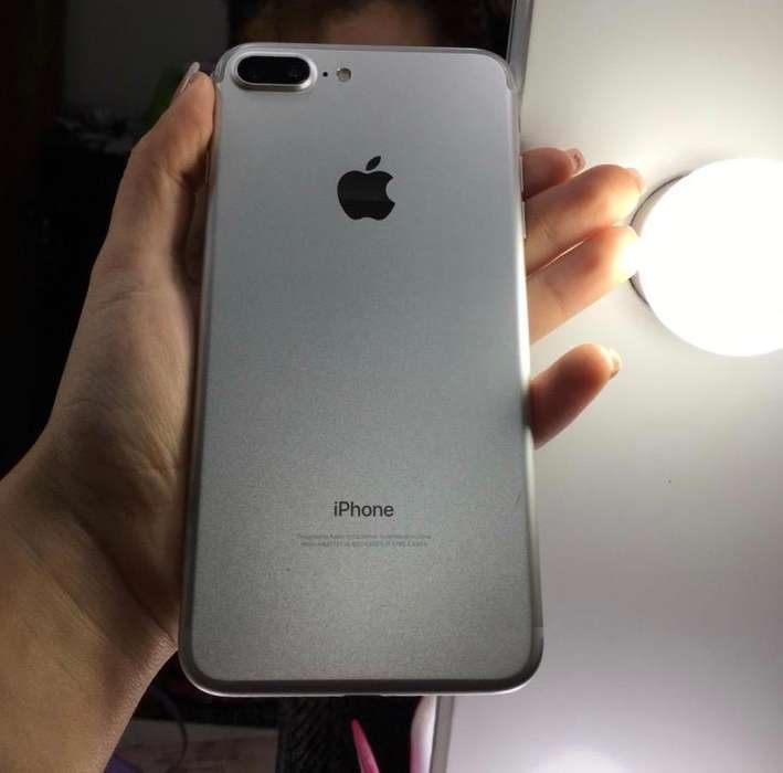 iPhone 7 Plus 32 Gb precio negociable