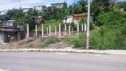 Venta de Terreno con 16 Columnas Y Muro
