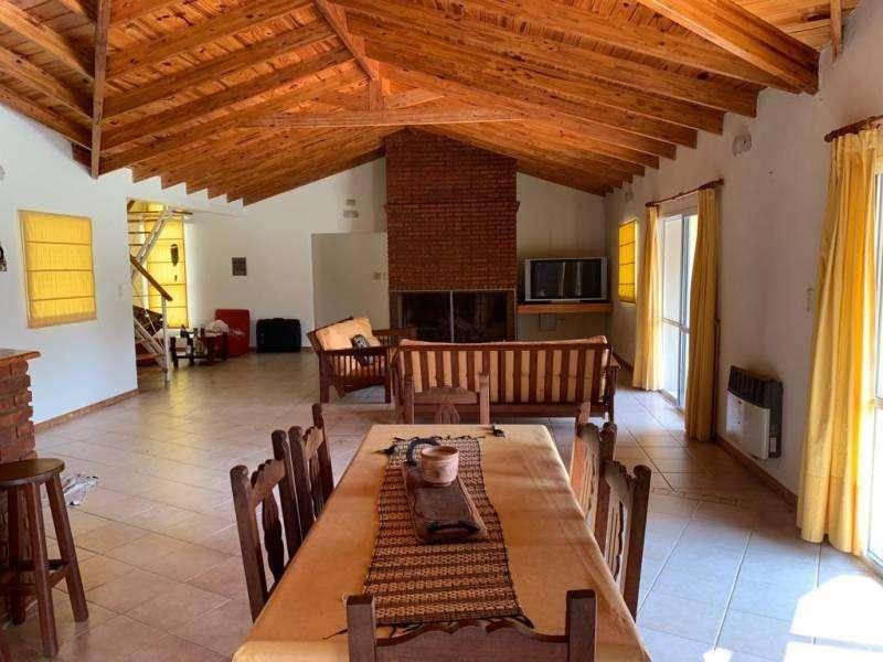 Casa 3 dormitorios, Alquiler, Roldán, Barrio Privado Los Raigales