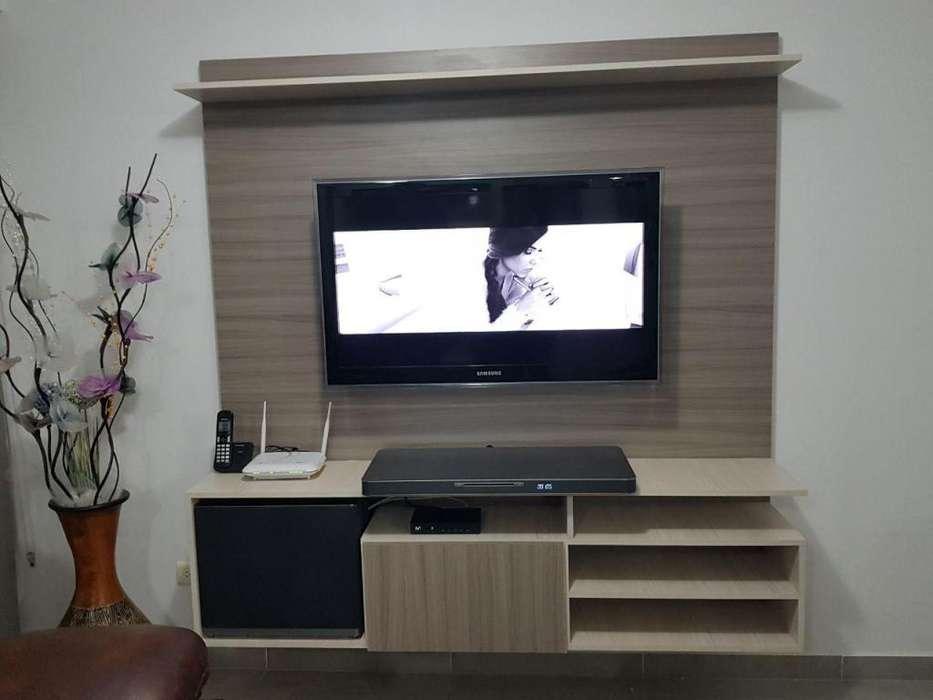 Económicos y prácticos muebles de TV sobre medida.