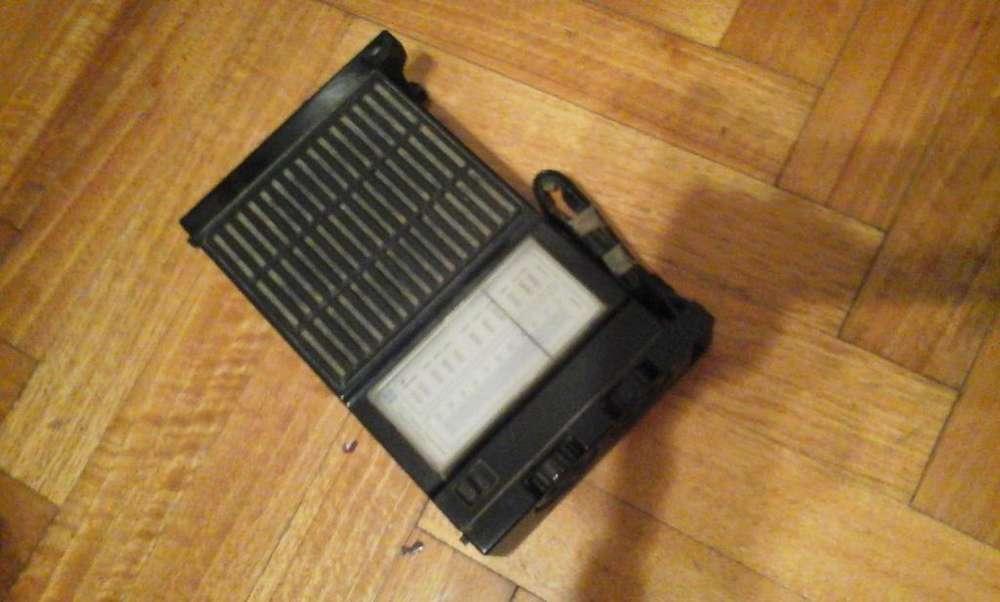 vendo radio Tonomac a pilas, ideal para el campo.