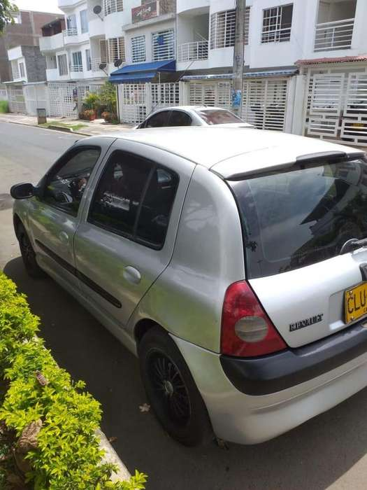 Renault Clio  2004 - 20000 km