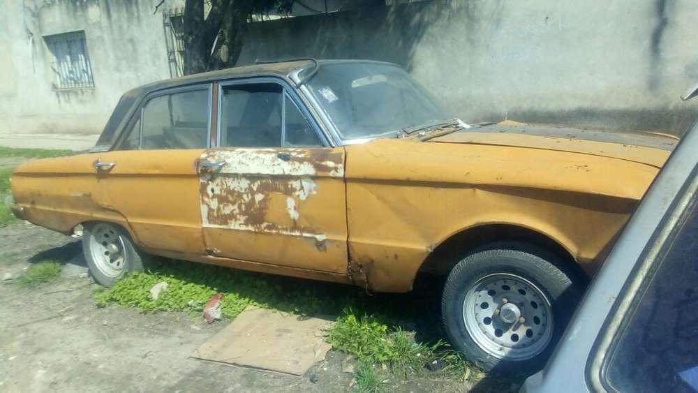 Ford Falcon 1976 - 300000 km