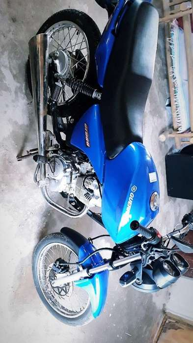 Vendo/ permuto por auto. Moto Guerrero Urban Gc 150cc.