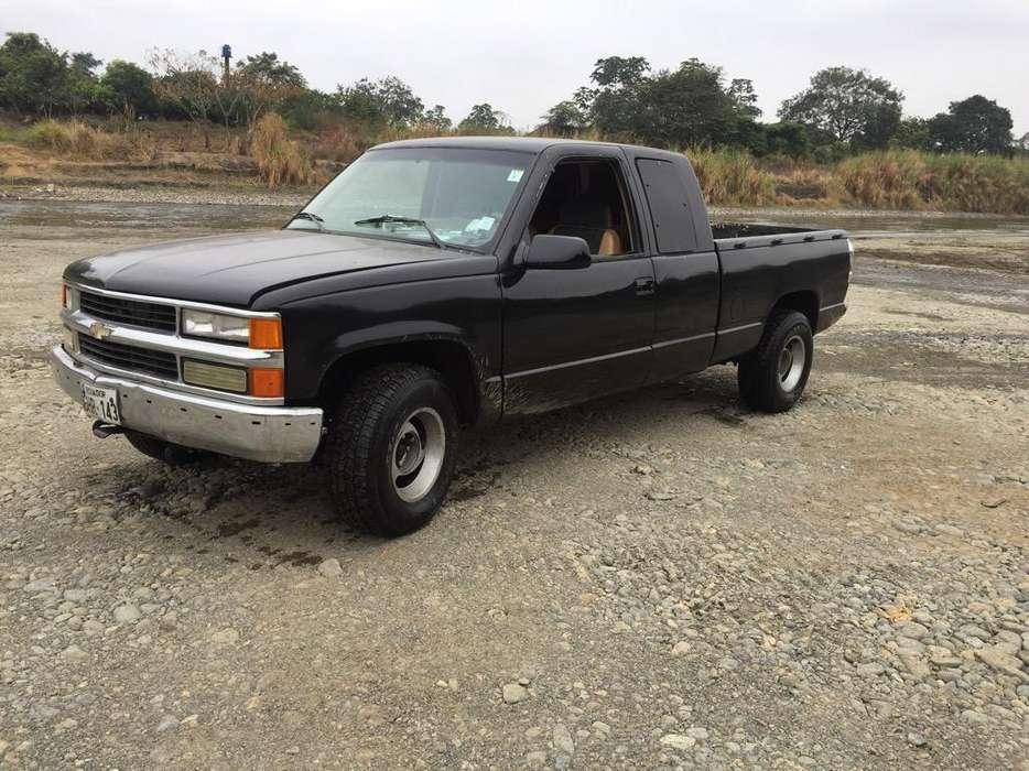 Chevrolet Silverado 1992 - 255000 km