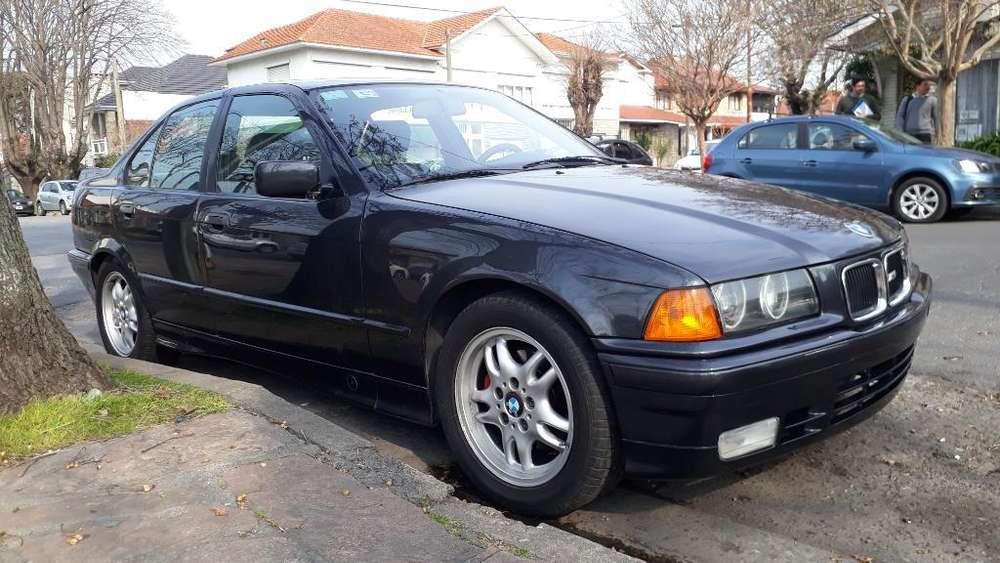 BMW Serie 3 1992 - 211000 km