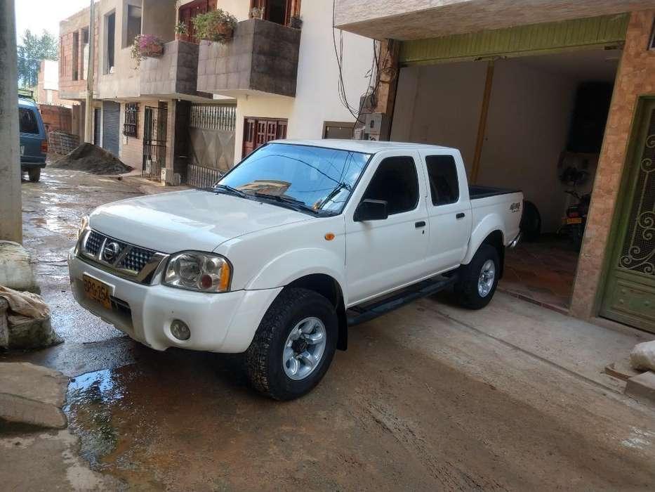 Nissan Frontier 2004 - 185000 km