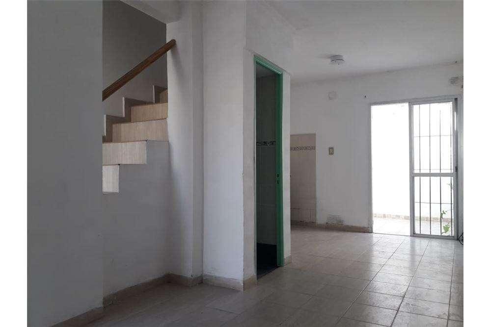 Duplex 2 dorm en B Candioti Norte