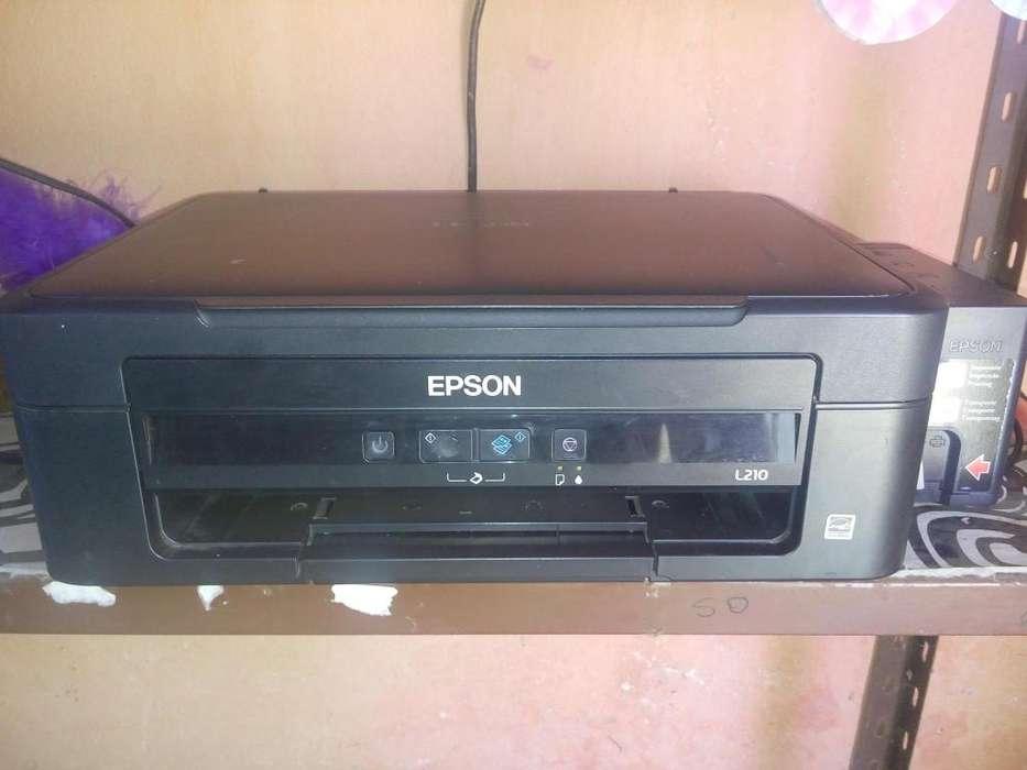 2 <strong>impresoras</strong> EPSON L22 ecotank 1 Impresora EPSON L210 ecotank 2 Fotocopiadora OKI MB491LP NUEVA Y USADA