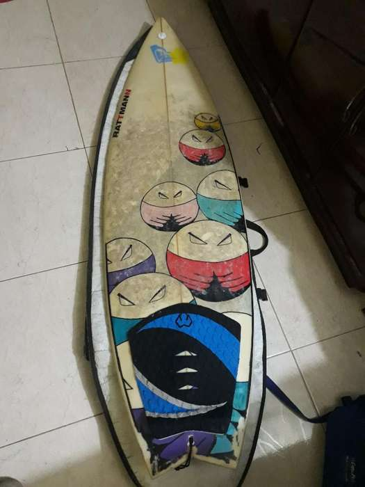 Tabla de Surf 5.7 con Funda