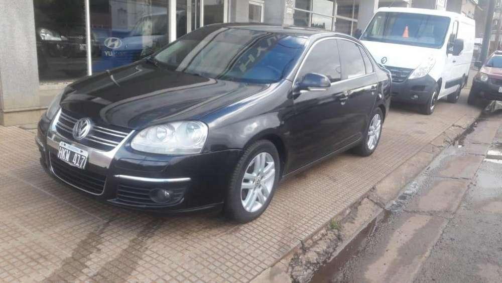 Volkswagen Vento 2008 - 230000 km