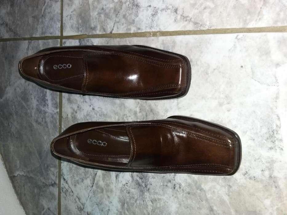 Zapatos de cuero cafe para mujer
