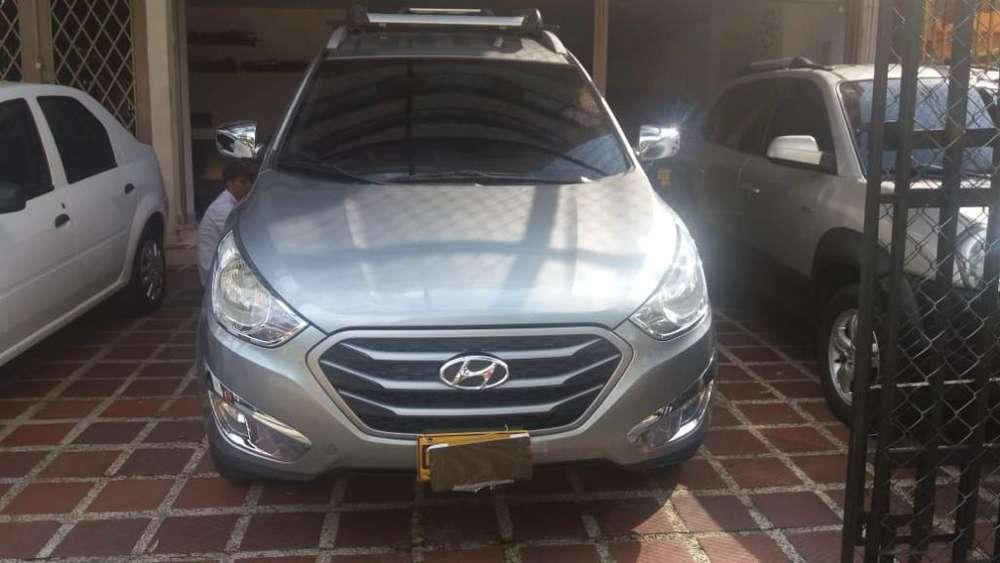 Hyundai Tucson ix-35 2012 - 76000 km