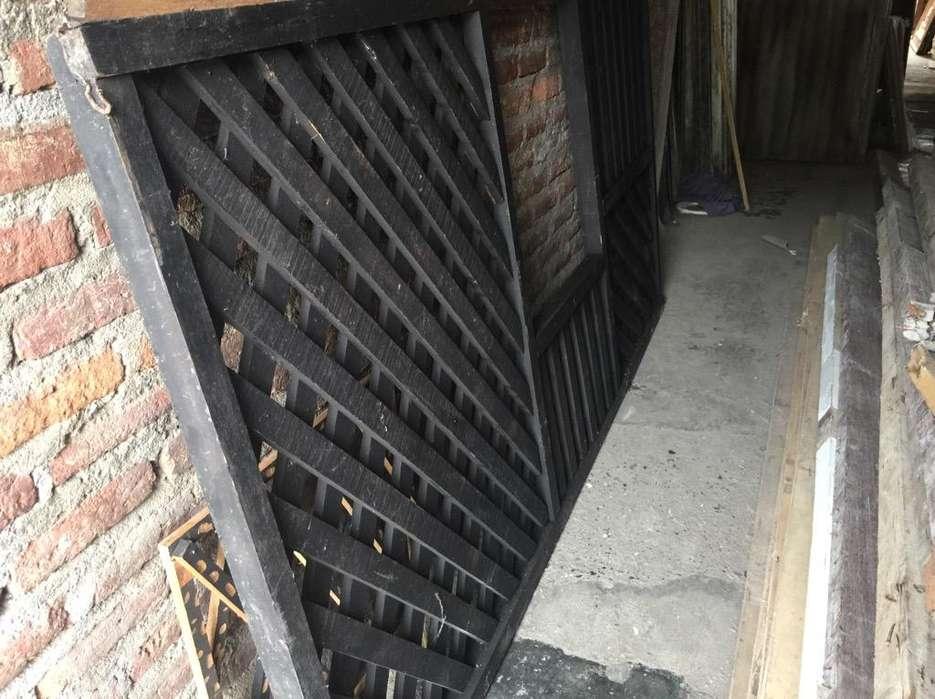 Estructur en Madera puerta o ventan camp