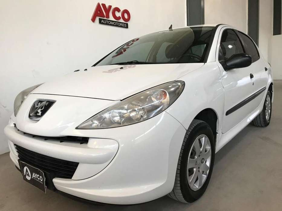 Peugeot 207 Compact 2013 - 93700 km