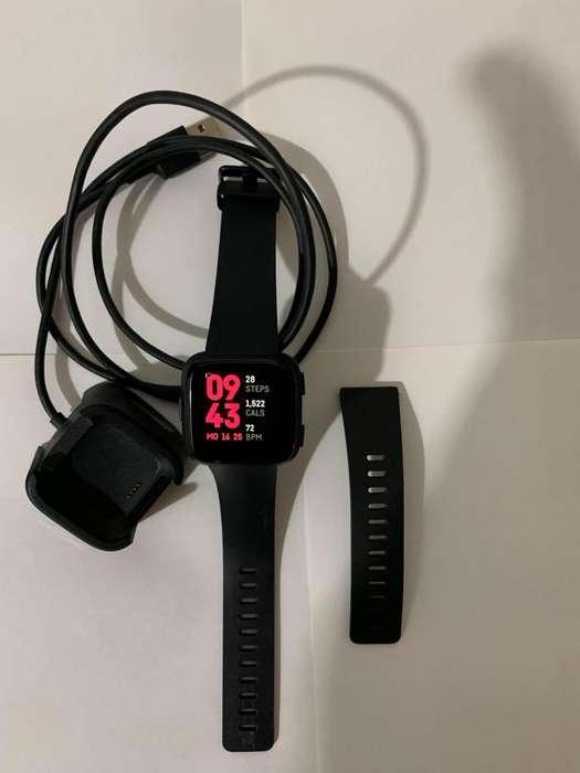 Reloj Fit Bit Versa Negro