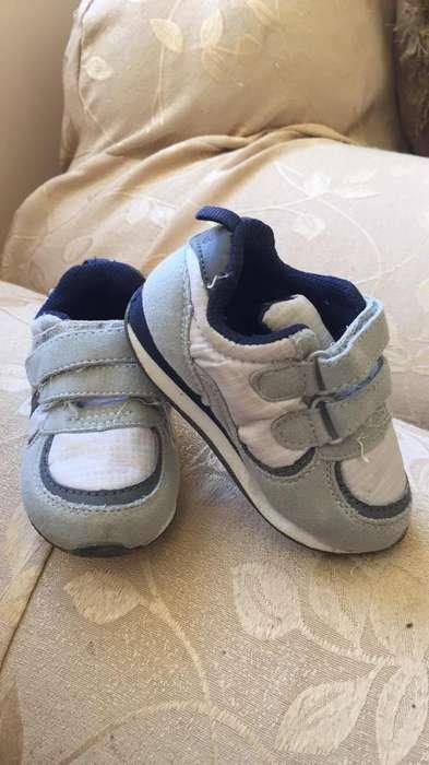 Zapatos Carters Talla 6