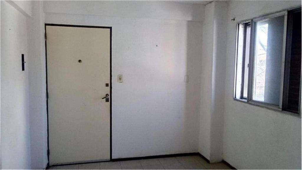 Zeballos   3600 -  8.500 - Departamento Alquiler