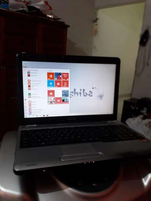 Toshiba con Windows 10 Pantalla de 15.6