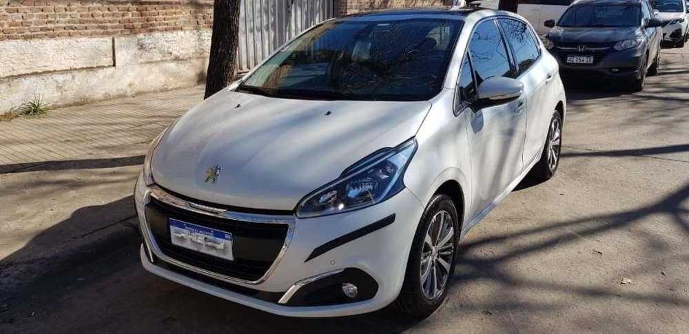Peugeot 208 2018 - 35000 km