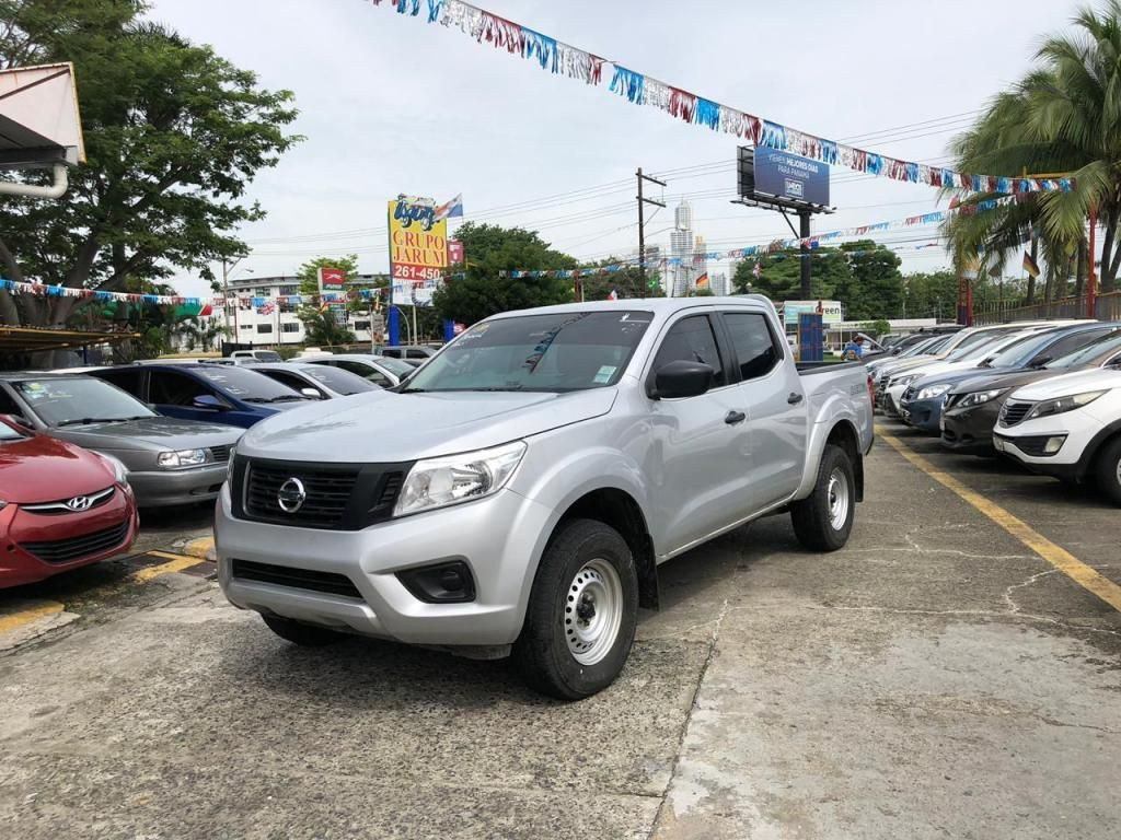 NISSAN FRONTIER 2018 4X4 **  GERUPO JARUM ** FINANCIAMIENTO DISPONIBLE