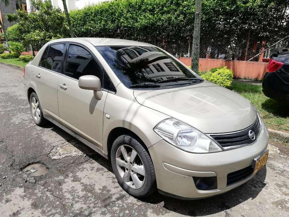Nissan Tiida 2011 - 98000 km
