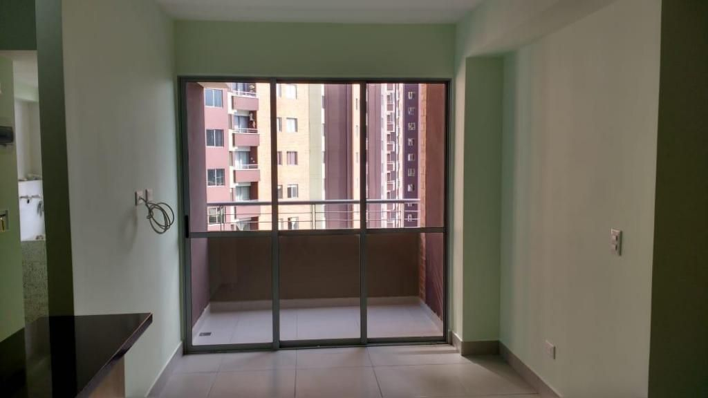 Venta de apartamento nuevo con parqueadero y cuarto til